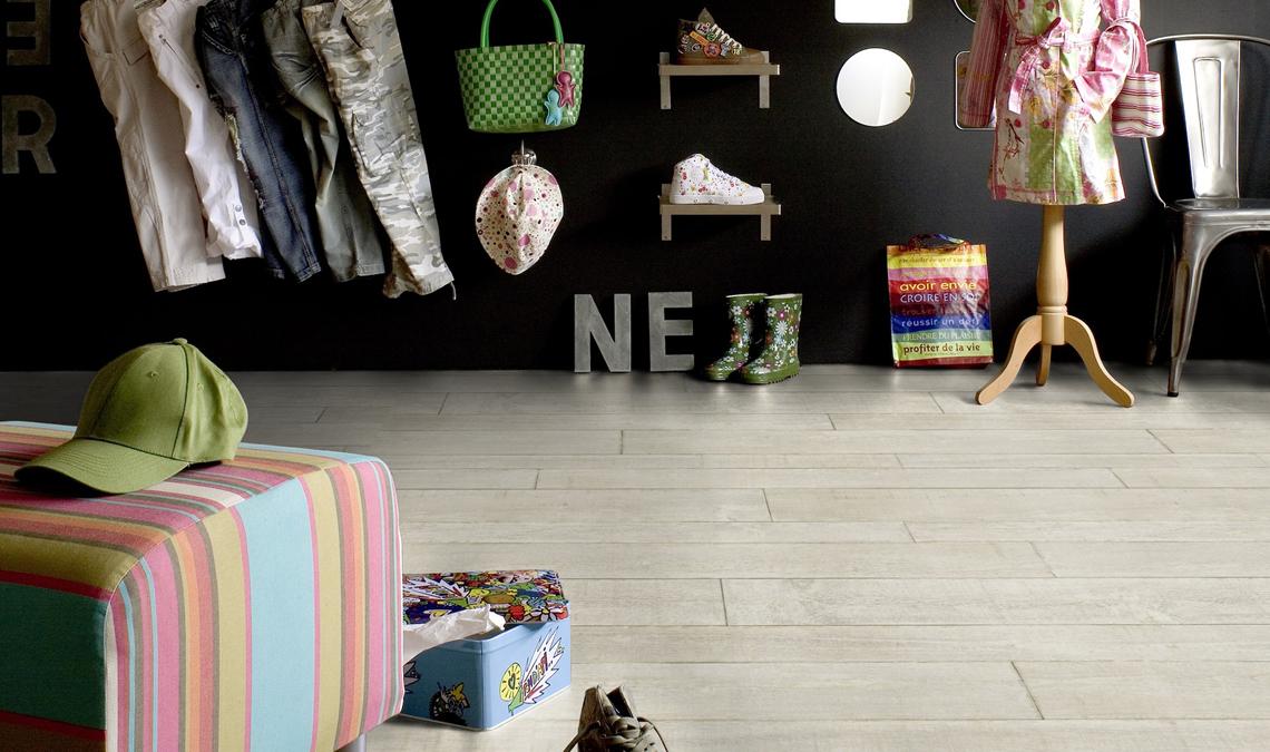 fuchs wohndesign gardinen stoffe und dekoration. Black Bedroom Furniture Sets. Home Design Ideas